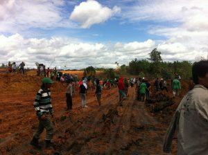 Pengambilalihan lahan PT BIB oleh Masyarakat.