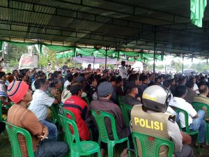 Ratusan warga Pandumaan-Sipituhuta hadir