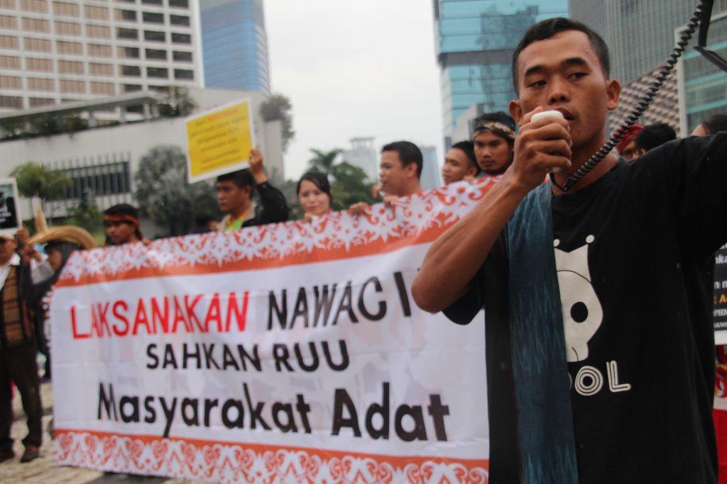 Aksi Damai Mendesak Pemerintah Dan DPR Mengikutkan RUU Masyarakat Adat masuk Prolegnas 2016