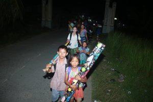 Warga Tuapeijat, Sipora Utara mengungsi setelah gempa mengguncang Mentawai (1)